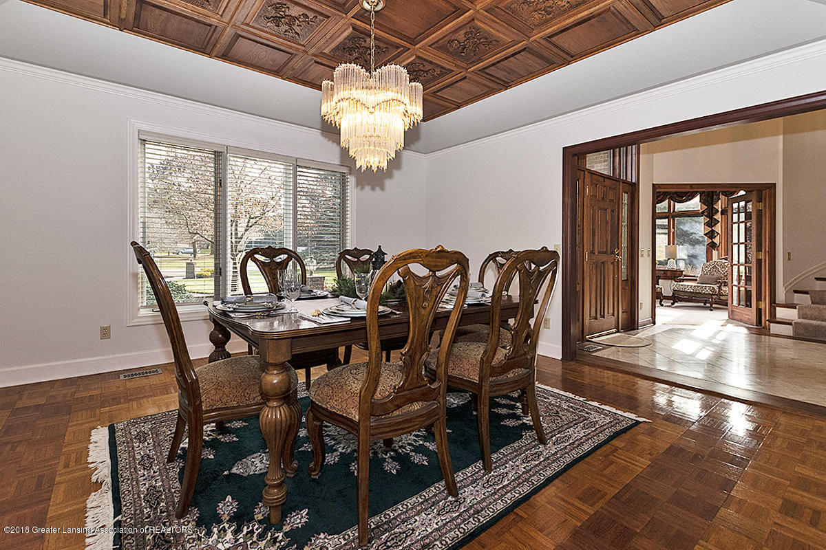 3801 Chippendale Dr - DINING ROOM - 9