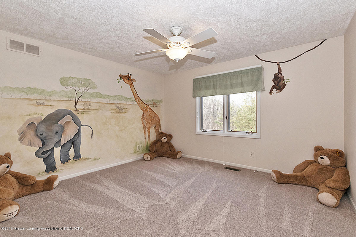 3801 Chippendale Dr - BEDROOM - 17