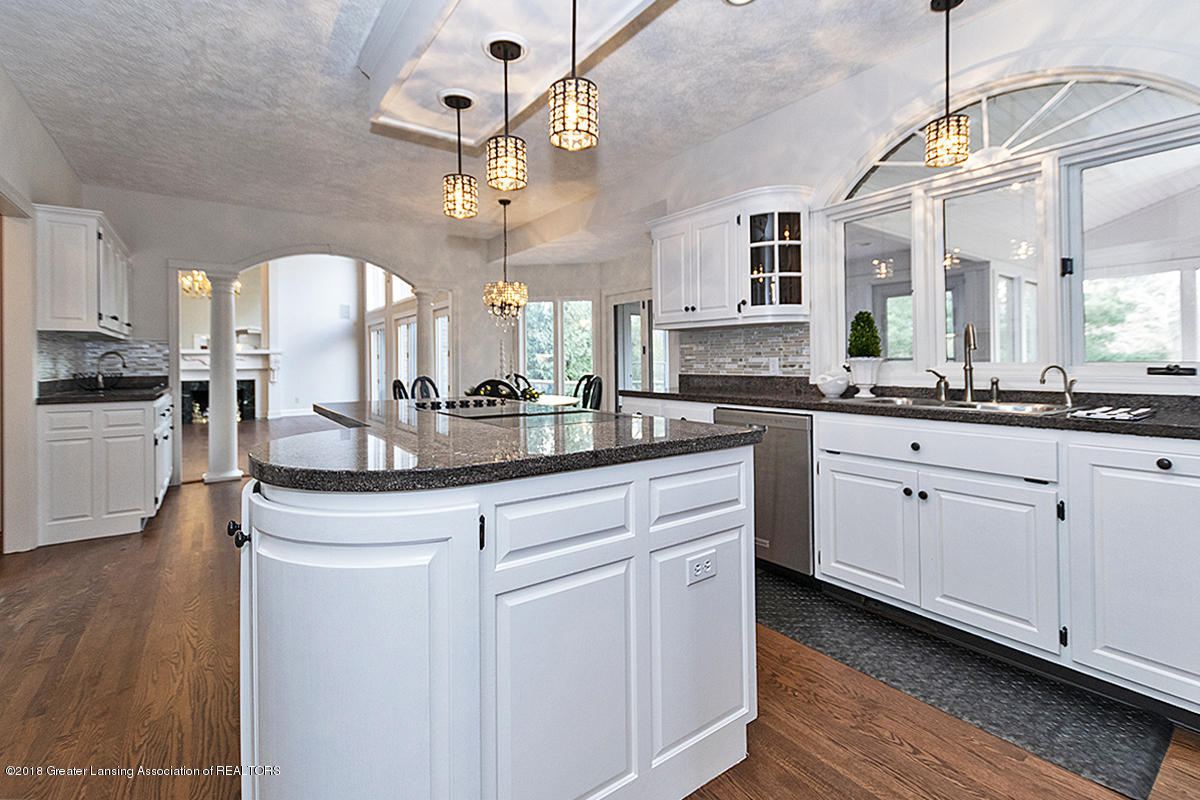 3801 Chippendale Dr - KITCHEN - 7