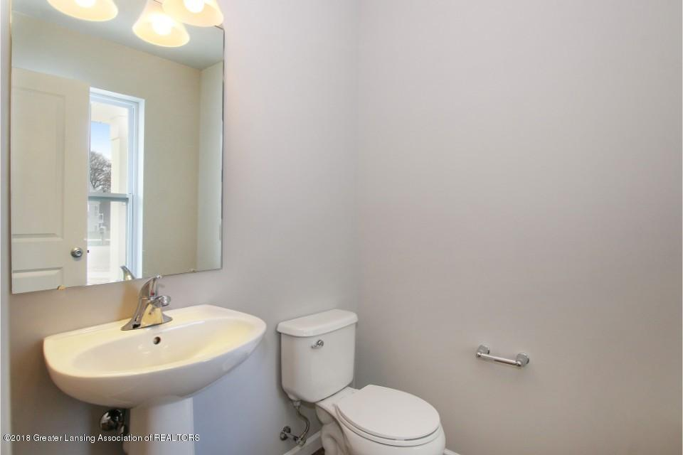 5633 Bittern Dr - MRD146-E1870-Powder Room - 10