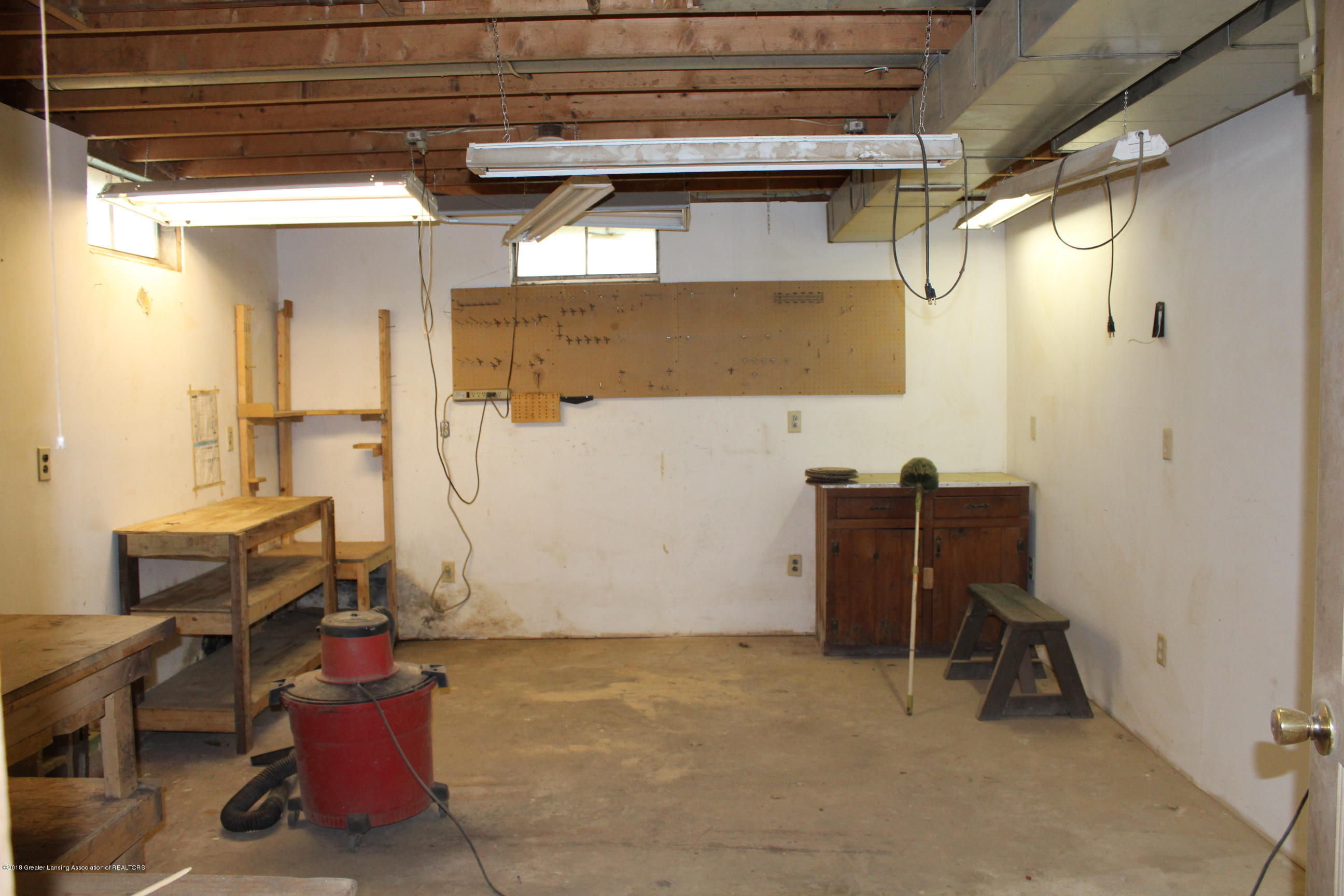 5552 Long Hwy - Basement shop - 20