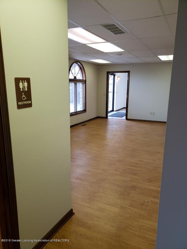 2487 S Michigan Rd Unit E - Waiting Area - 13