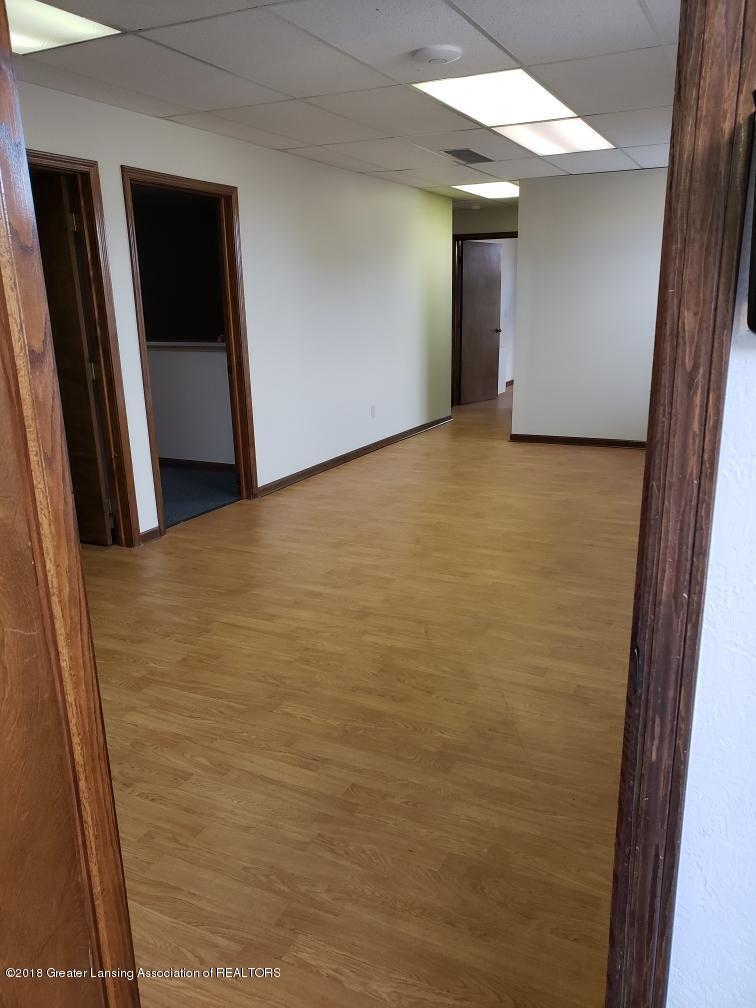 2487 S Michigan Rd Unit E - Waiting Room Area - 14