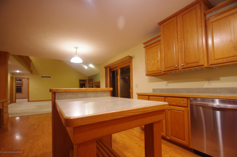 3202 Kari Cir - Kitchen - 27