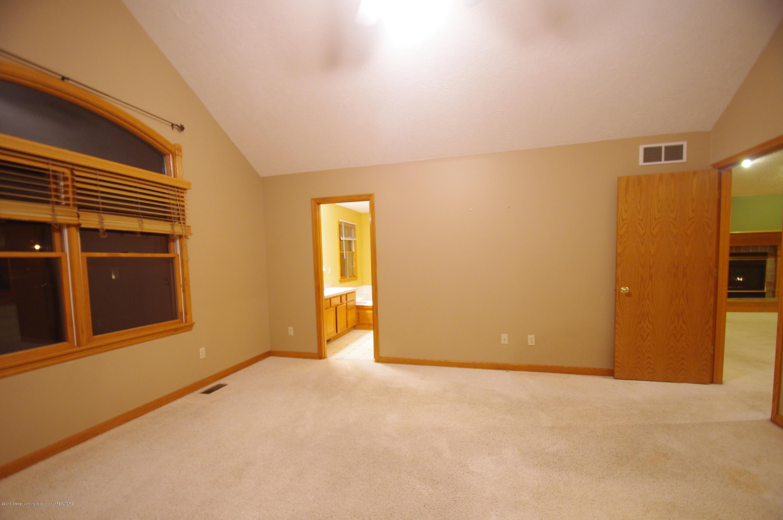 3202 Kari Cir - Master Bedroom - 31