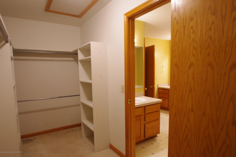 3202 Kari Cir - Walk in Closet - 36