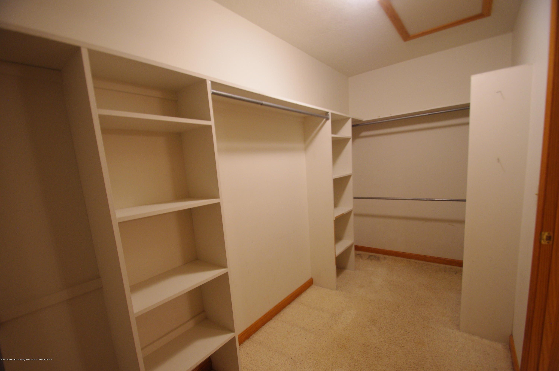 3202 Kari Cir - Walk in Closet - 37