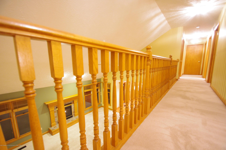 3202 Kari Cir - Hallway - 39