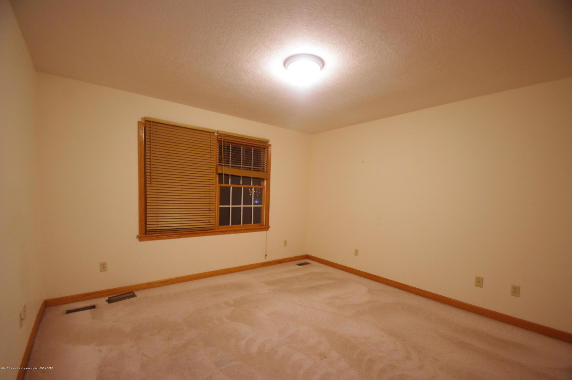 3202 Kari Cir - Bedroom - 41