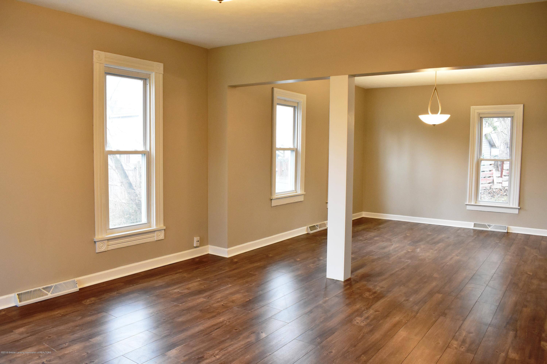 316 Bliss St - Living room/dining room - 2