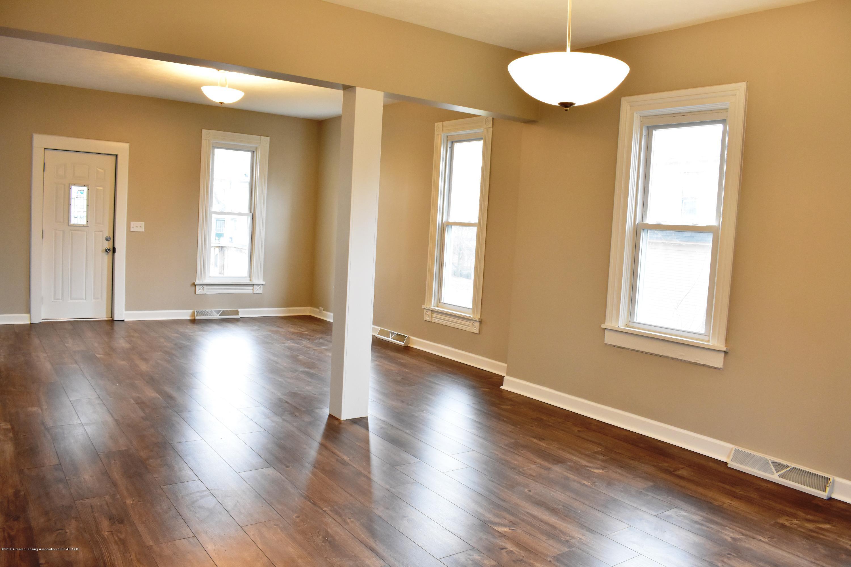 316 Bliss St - Dining room/living room - 4