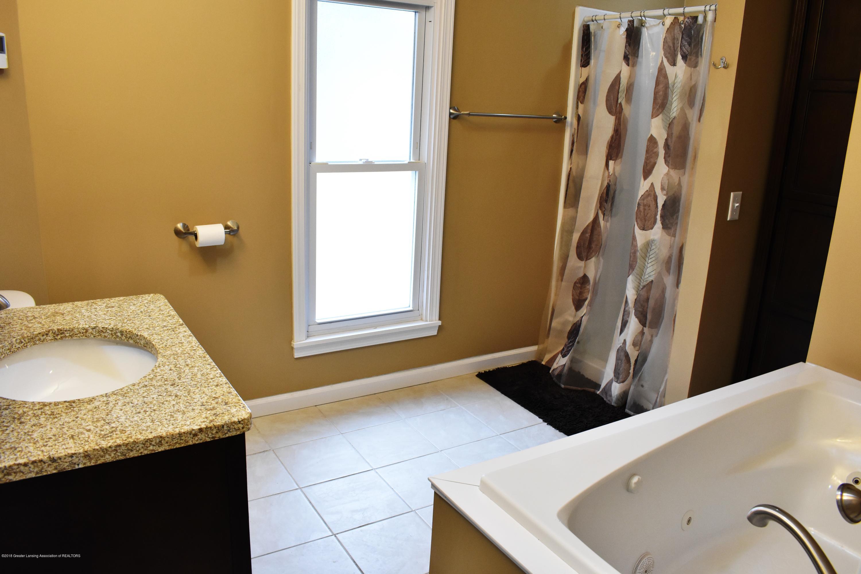 316 Bliss St - Bathroom - 13