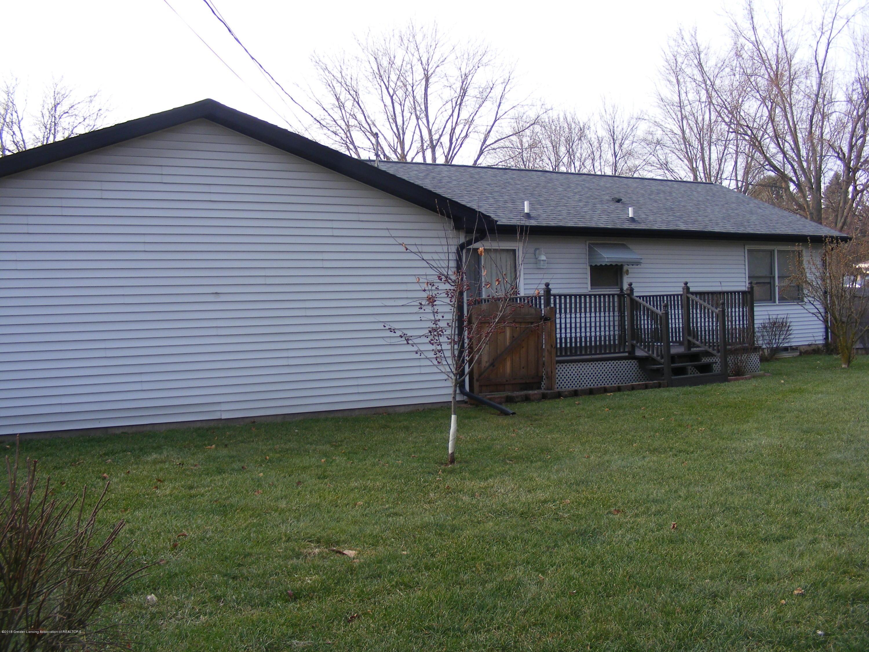 1305 Montgomery St - back & garage - 2