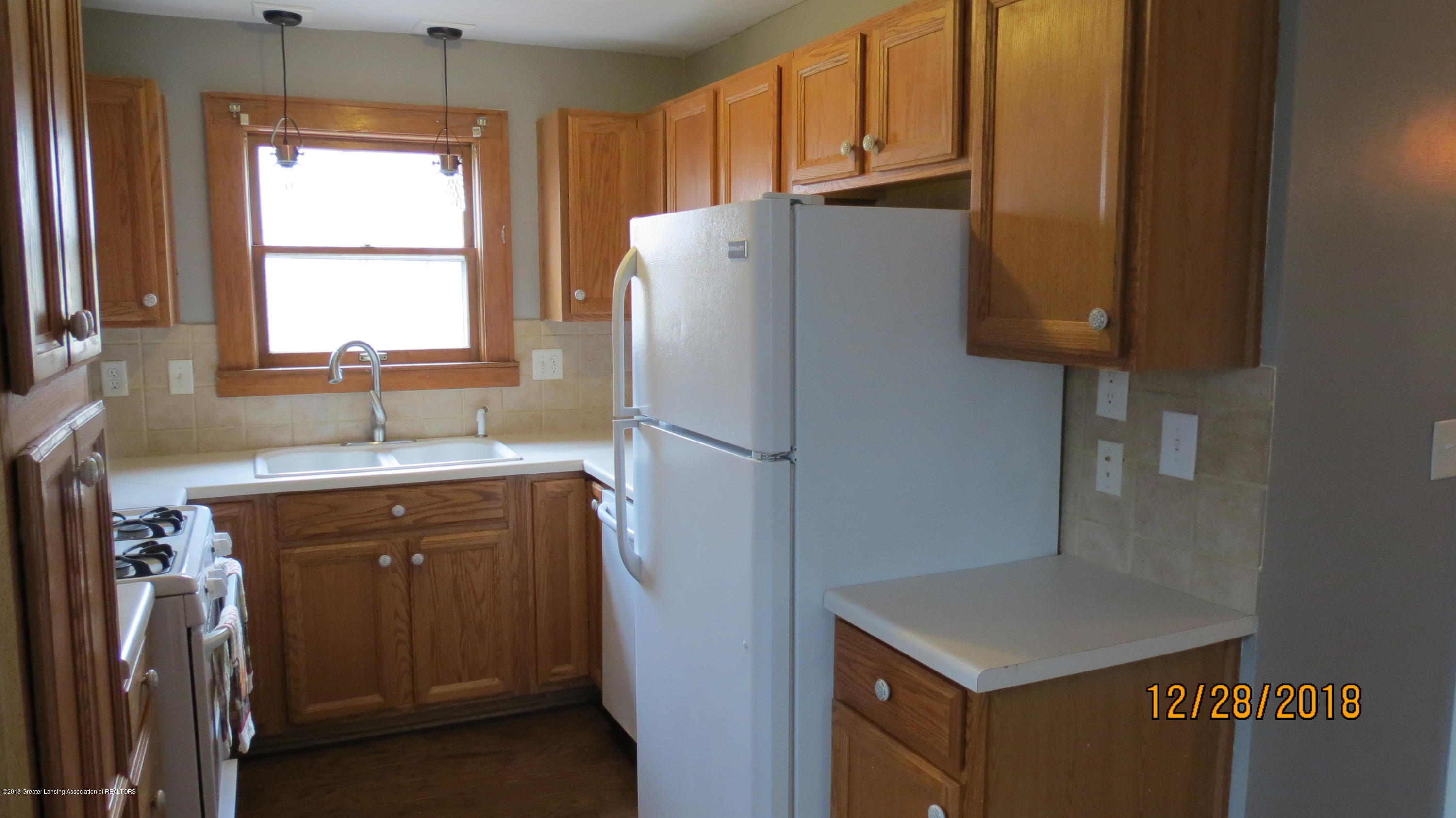 520 Pleasant St - Kitchen 2 - 22