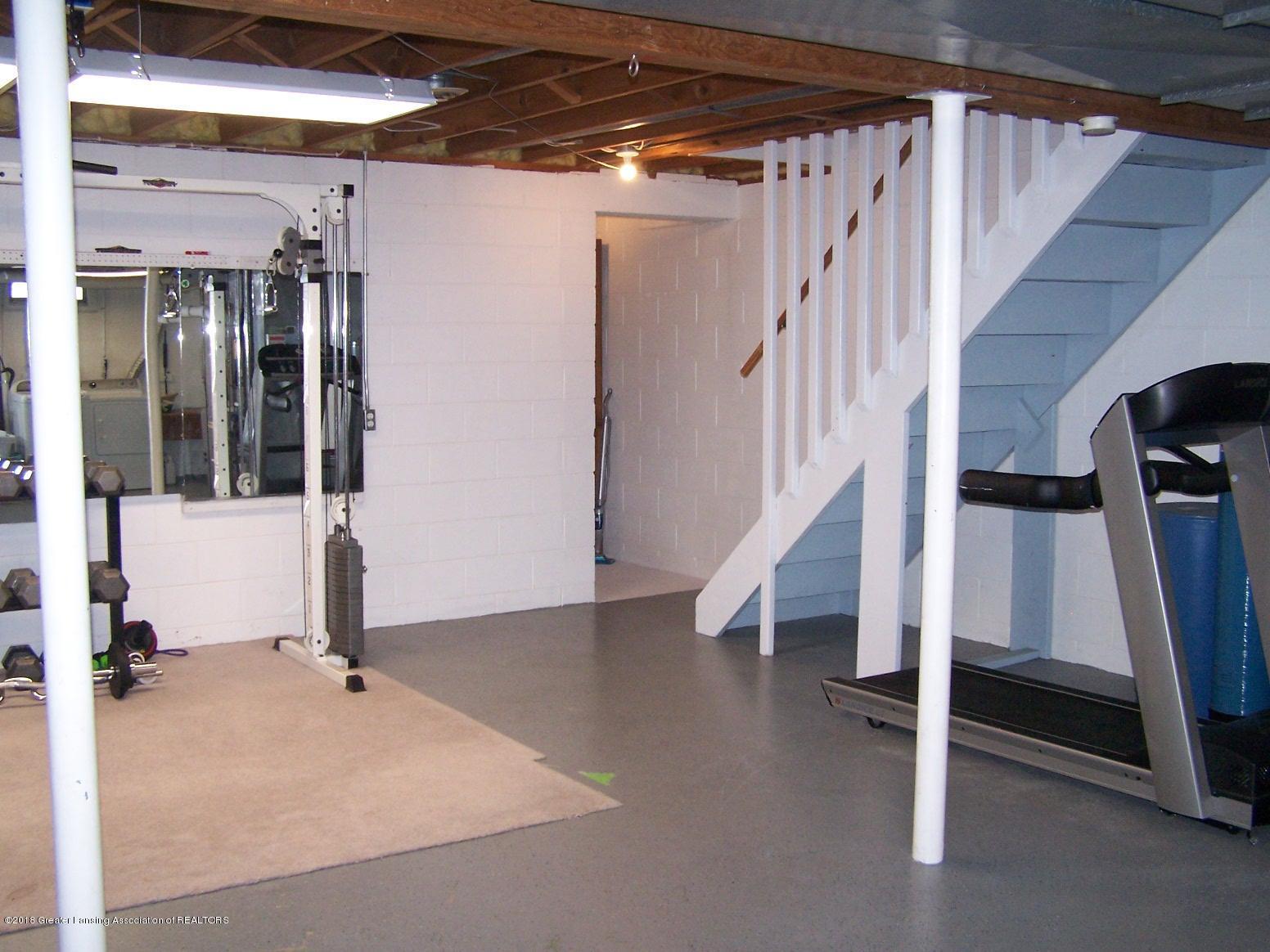 805 Raeburn Rd - Basement Stairway - 37