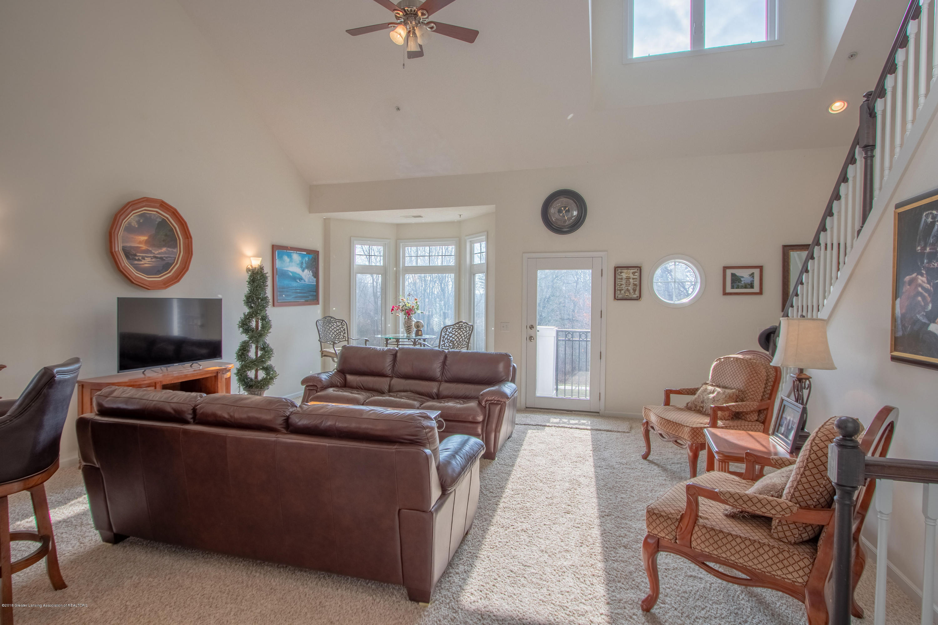 2058 Central Park Dr - Living Room - 9