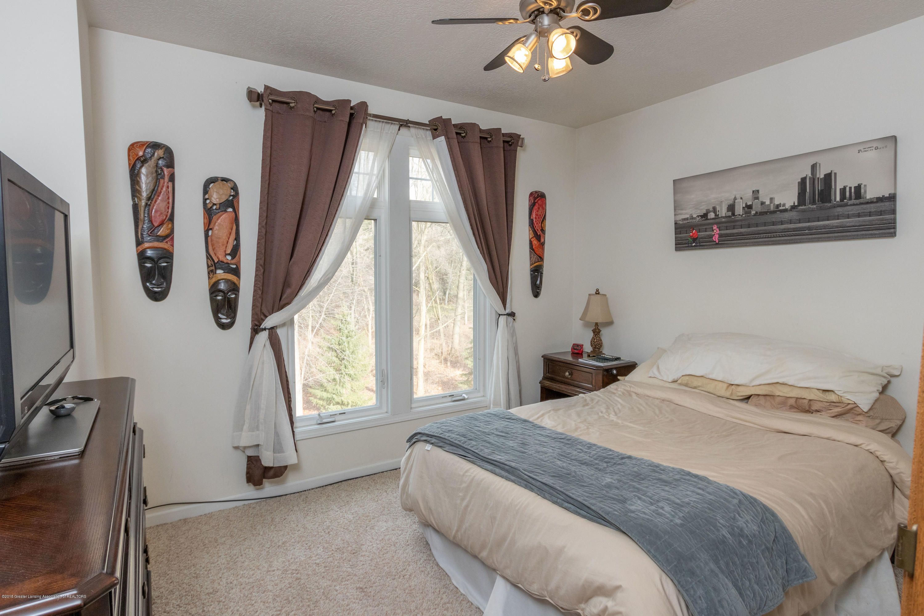 2058 Central Park Dr - Bedroom - 22