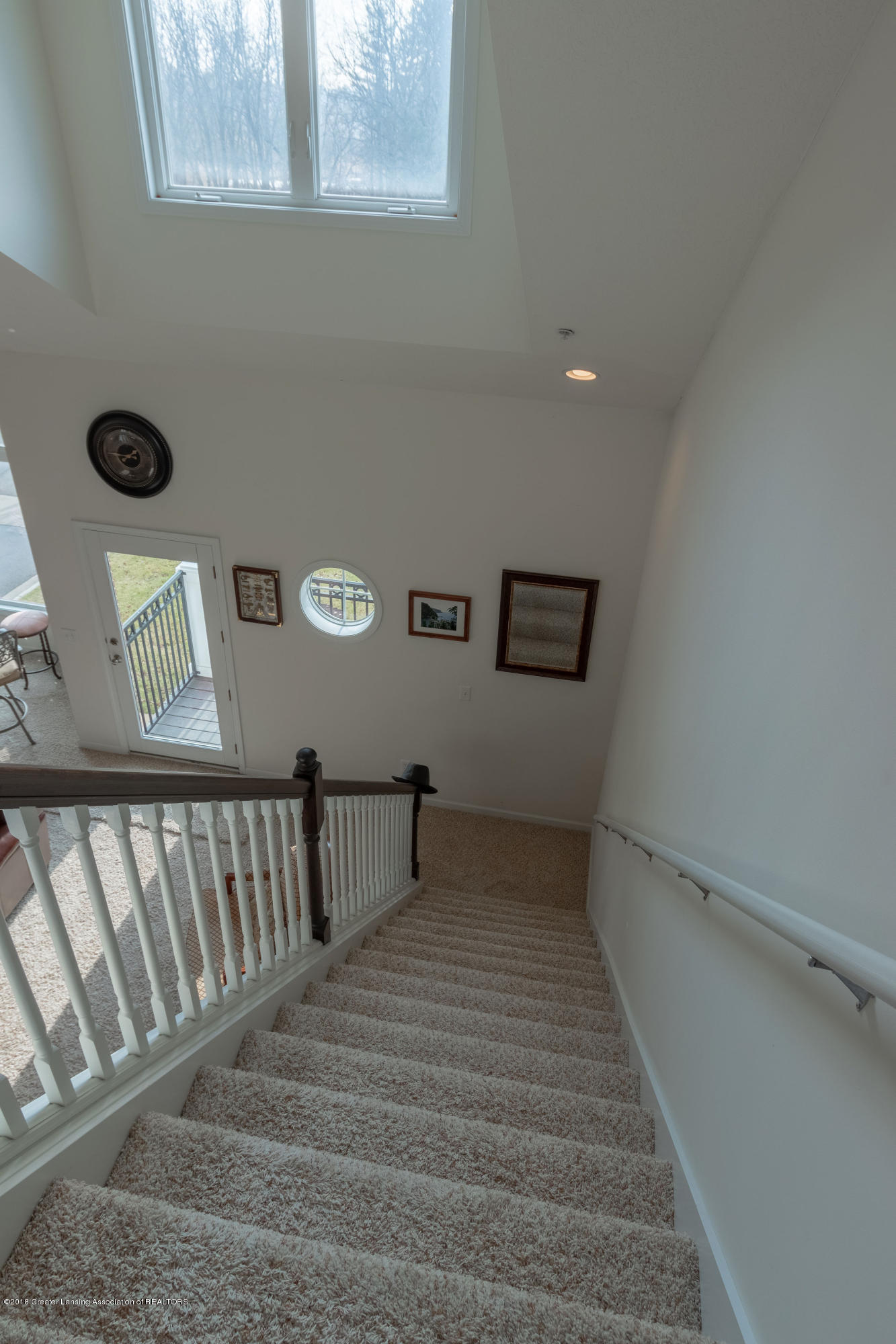 2058 Central Park Dr - Stairs to Upper Level - 27