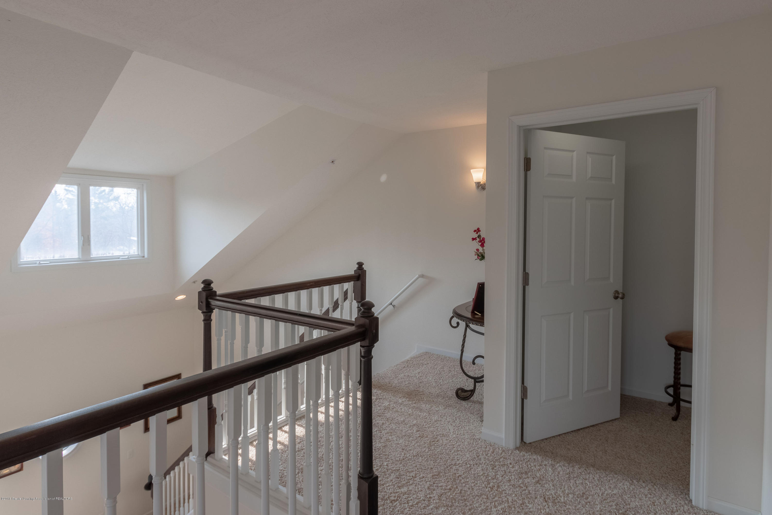 2058 Central Park Dr - Upper Level Loft - 29