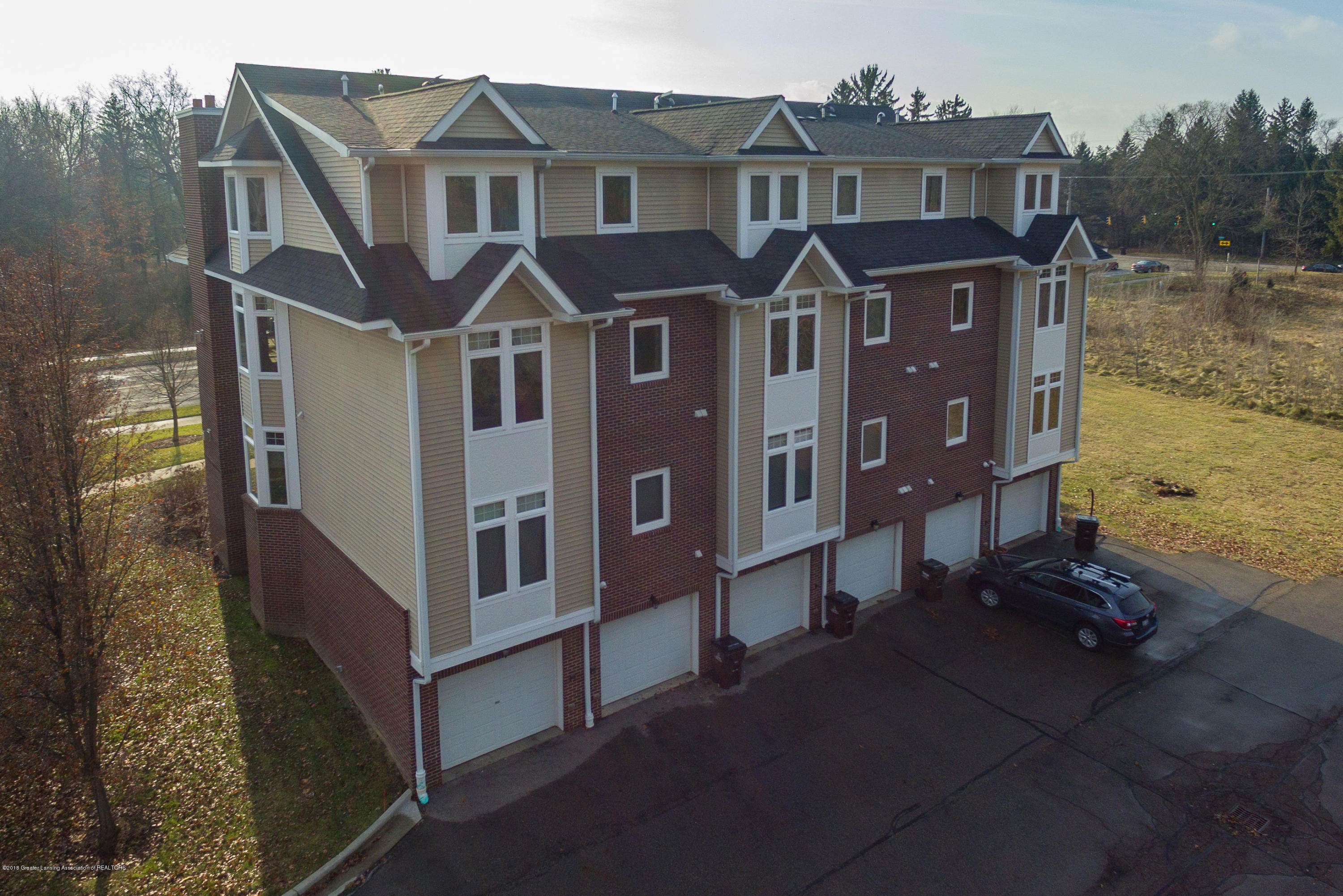 2058 Central Park Dr - Aerial View - 42