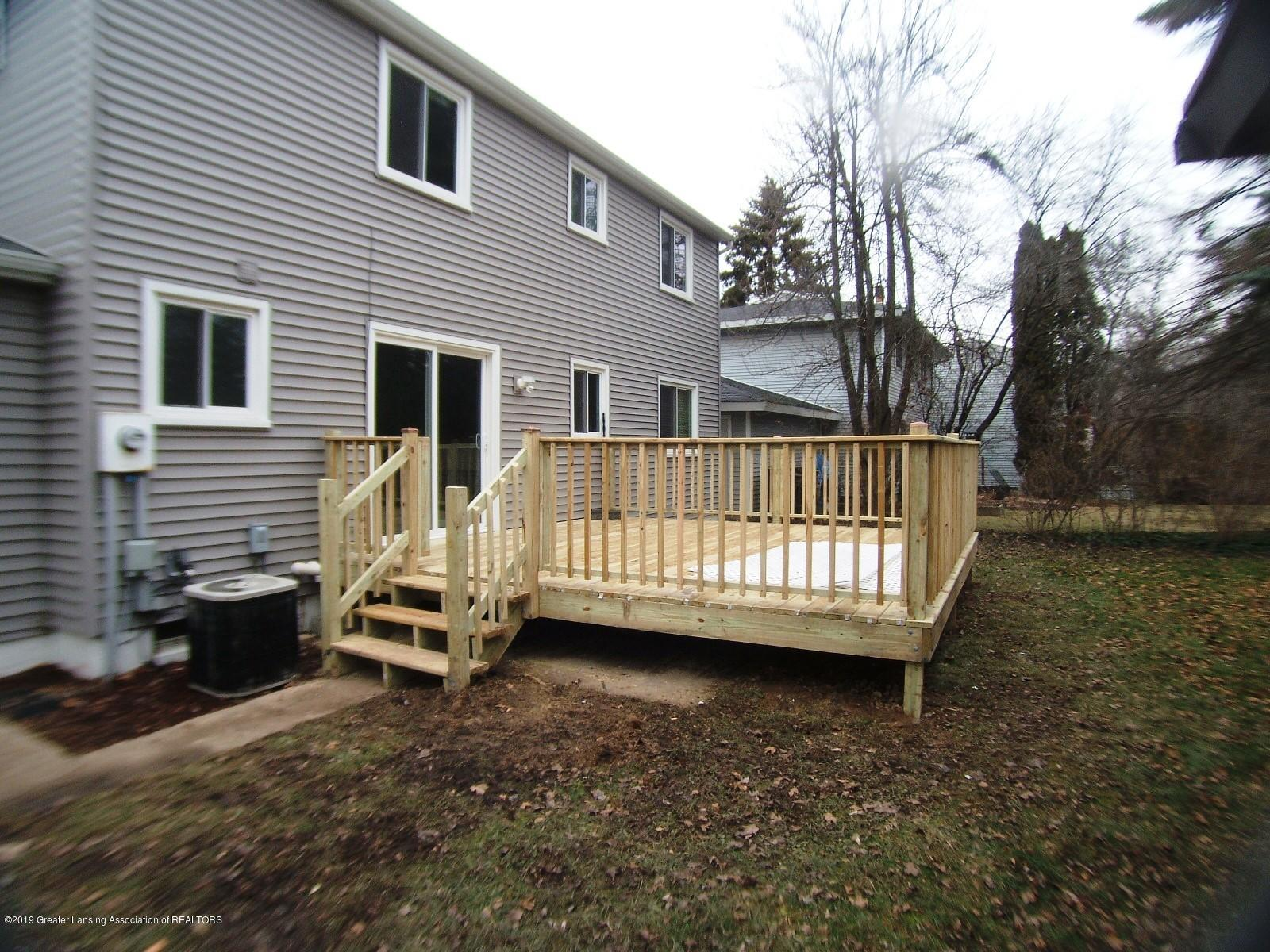 1002 Touraine Ave - New 16x16 Deck - 26