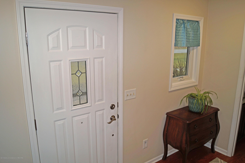 3927 W Herbison Rd - Foyer Entry - 3
