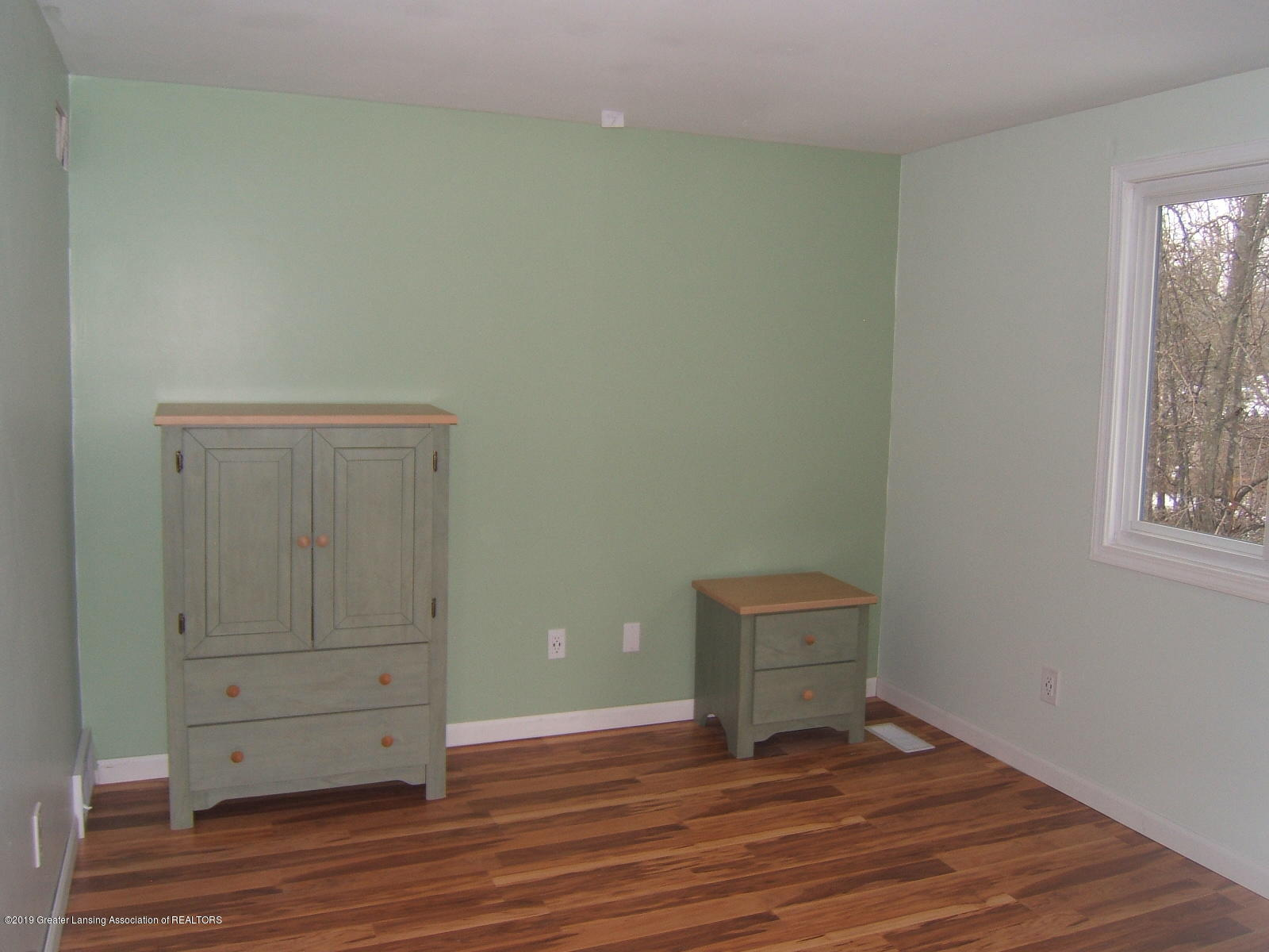 1002 Touraine Ave - Bedroom - 17