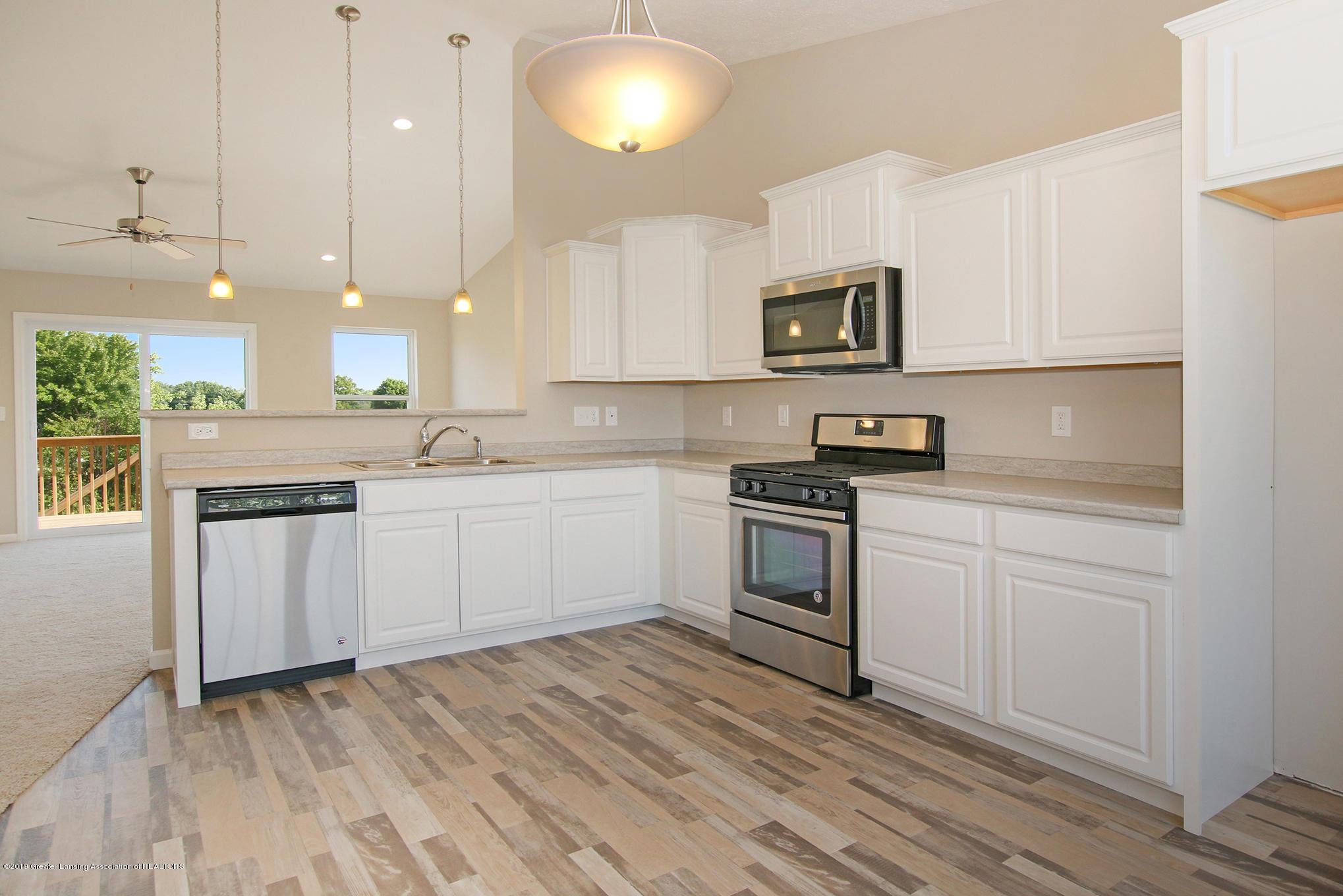 3524 Fernwood Ln - GDN067-C2040 Kitchen 2 - 6