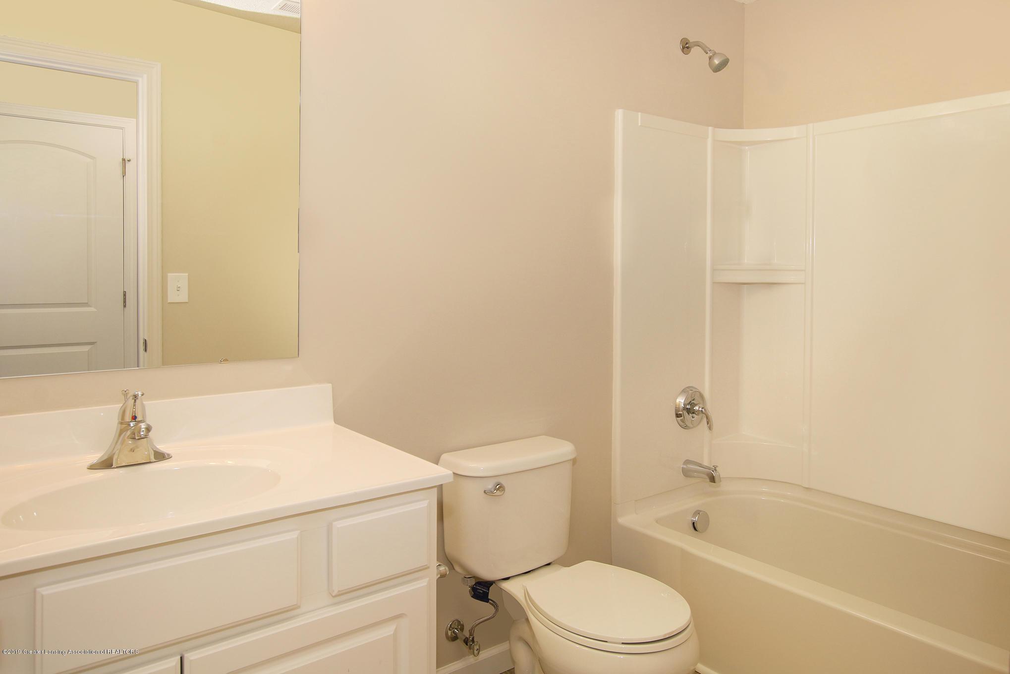 3524 Fernwood Ln - GDN067-C2040 Main Bath - 17