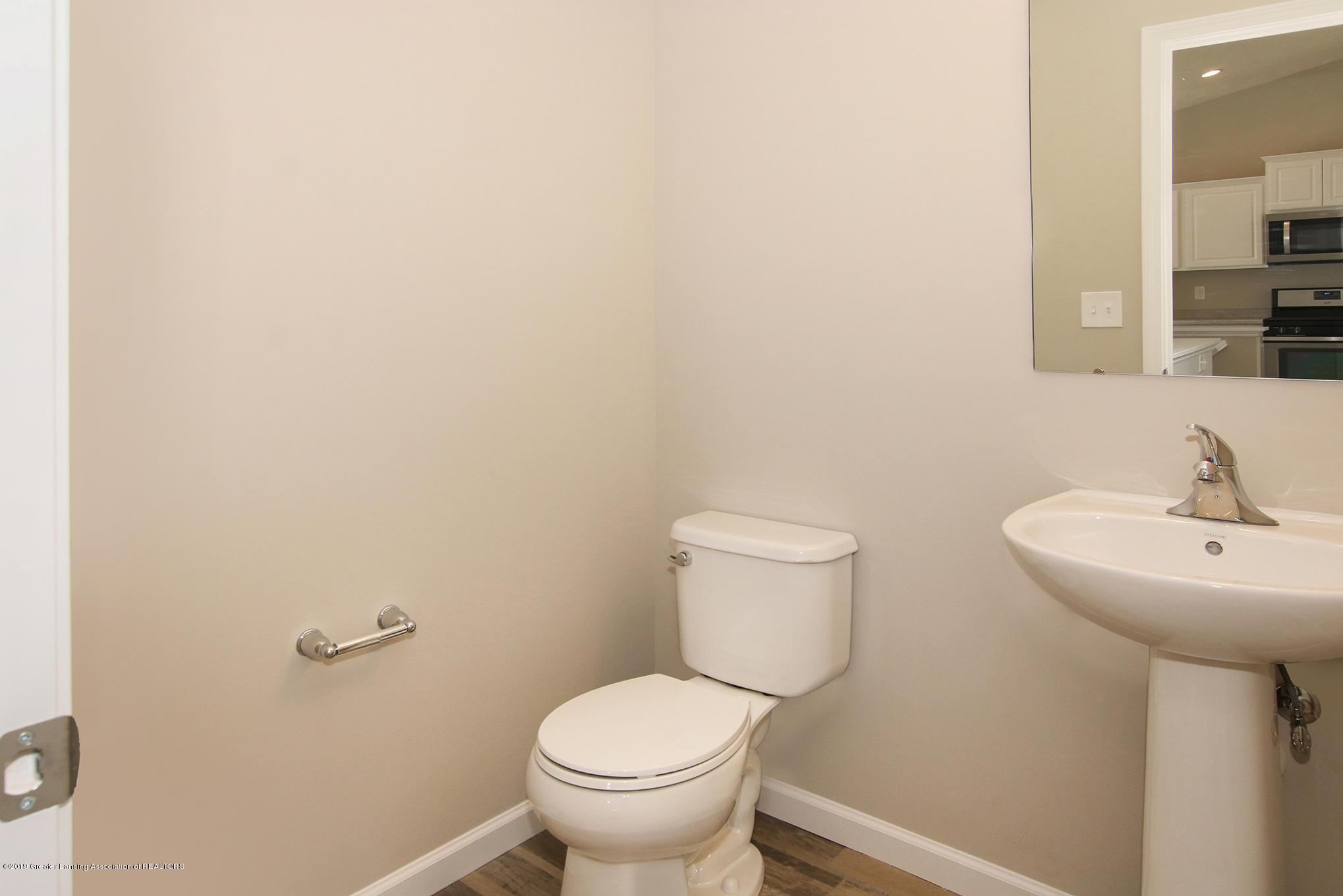 3524 Fernwood Ln - GDN067-C2040 Powder Room - 9