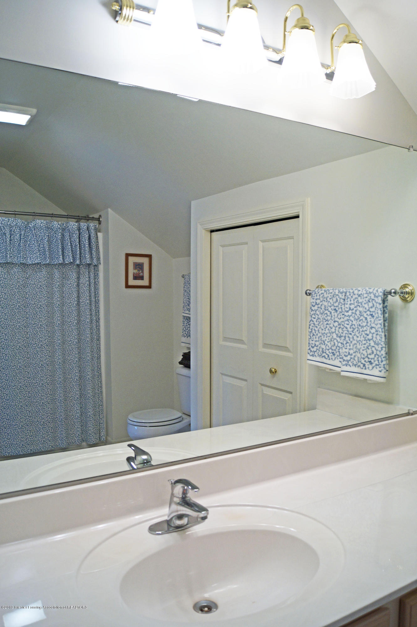 13564 Hunters Crossing - Bathroom - 23