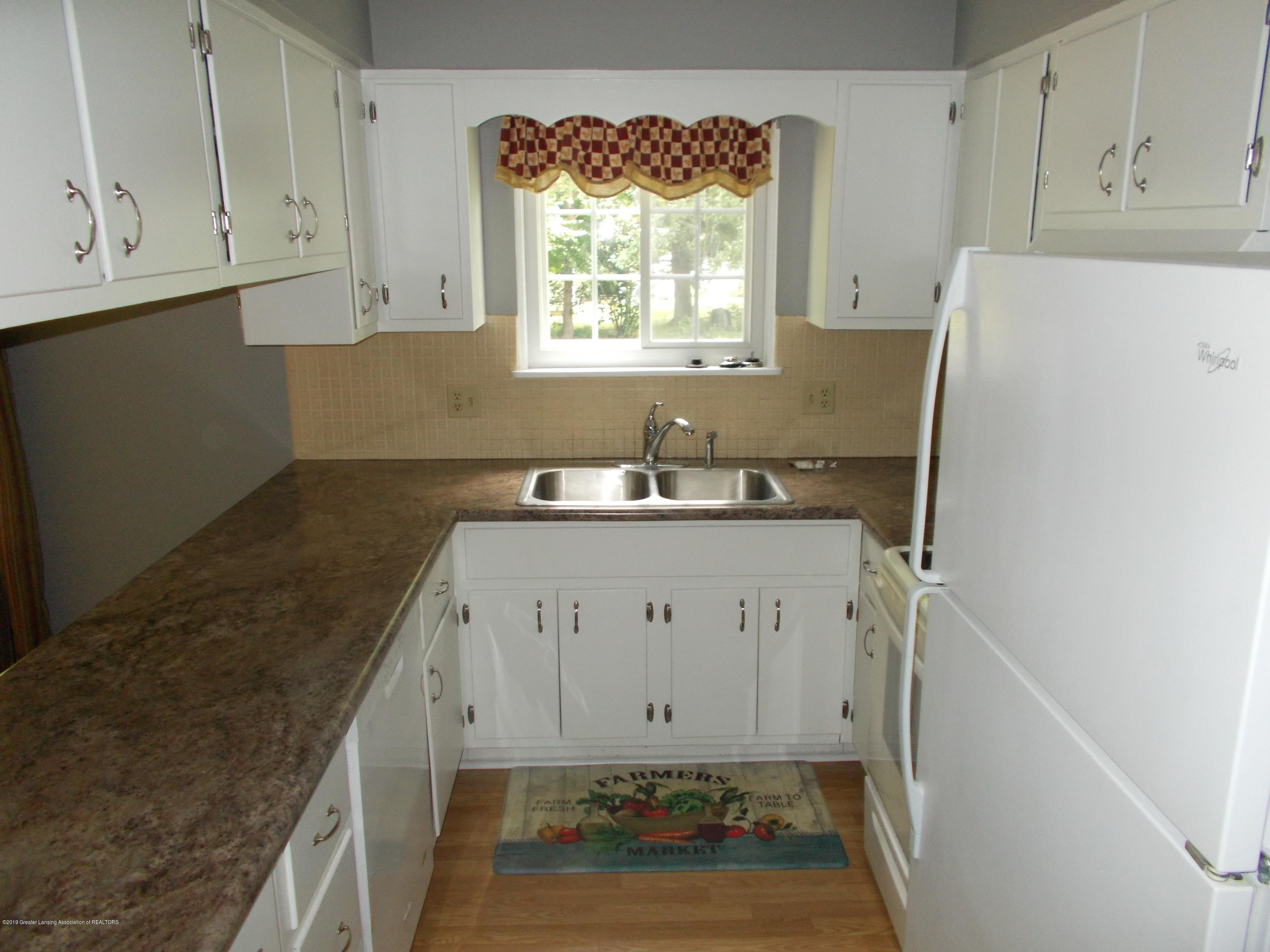 2836 Chateau Way - Kitchen - 6