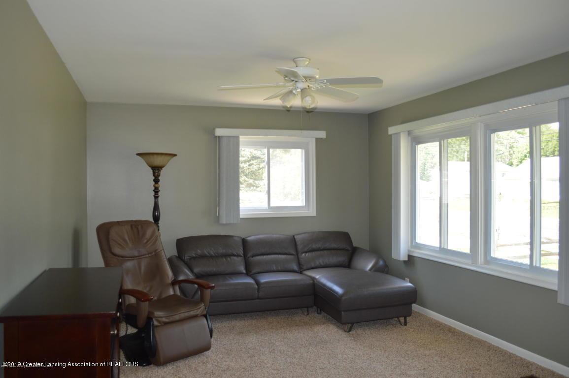 4567 Holt Rd - Living - 3
