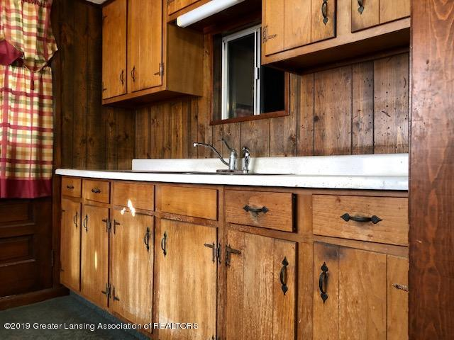 5061 E Clark Rd - Kitchen Cabinets - 4
