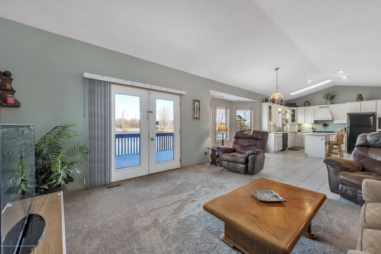 8558 Ironstone - Living Room - 16