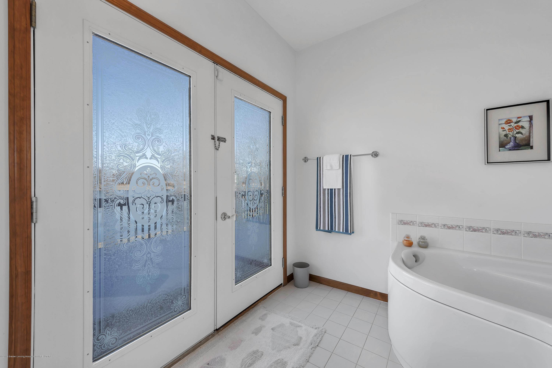 8558 Ironstone - Bathroom - 21