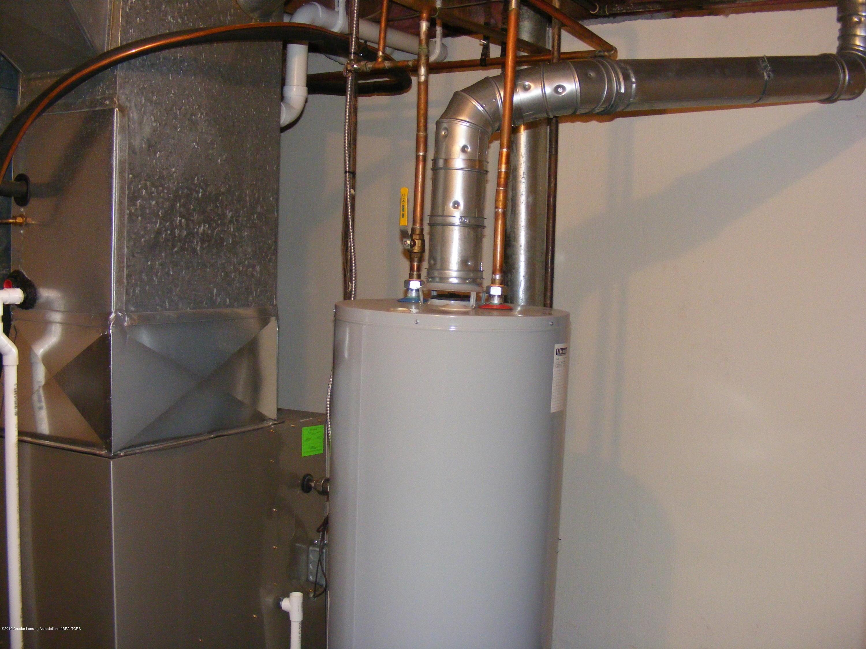 1305 Montgomery St - basement laundry utility - 12