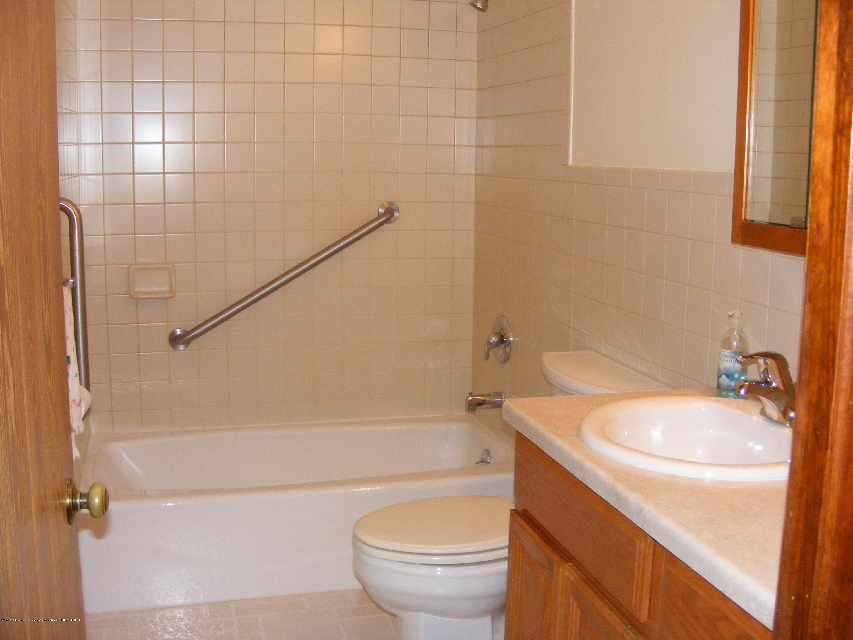 1305 Montgomery St - bath - 15