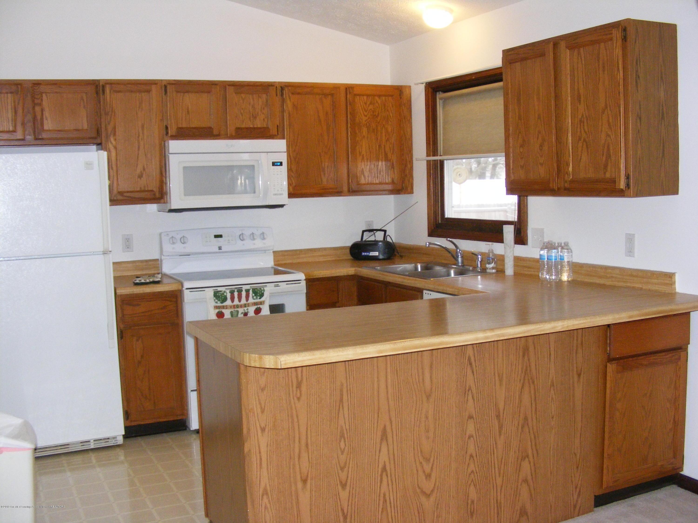 1305 Montgomery St - Kitchen - 23