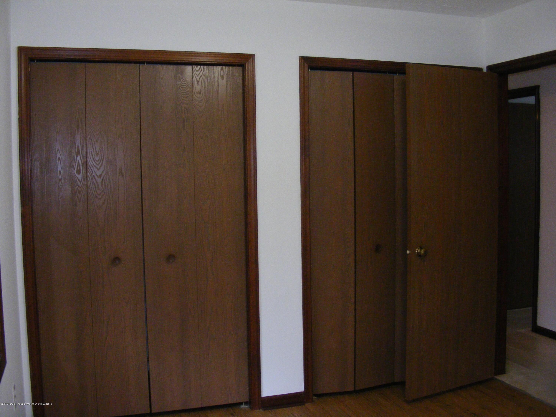 1305 Montgomery St - Master double closet - 27
