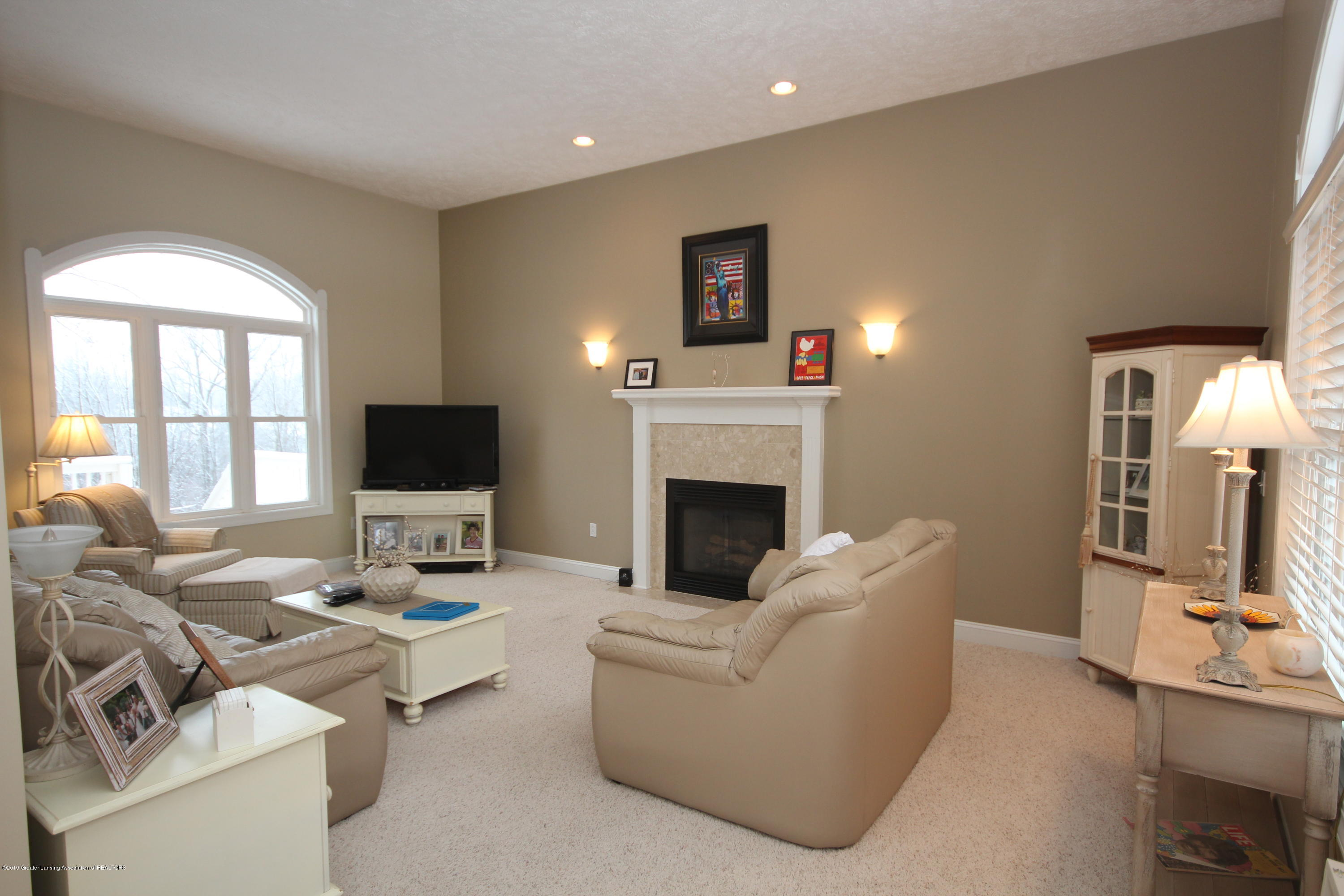 2071 Arbor Meadows Dr - Great Room - 3