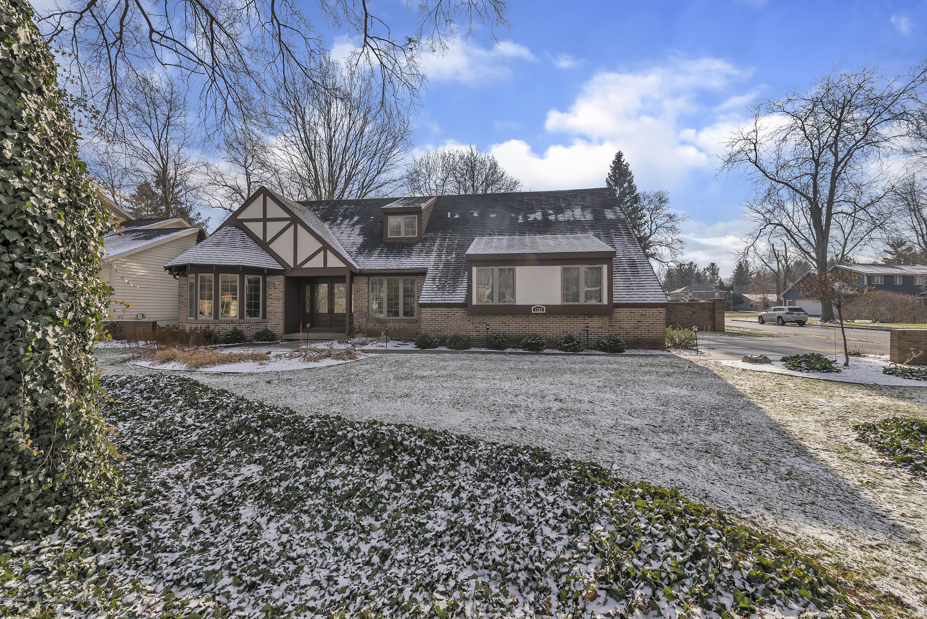 1225 Farwood Dr - 1225-Farwood-Drive-East-Lansing-Michigan - 1