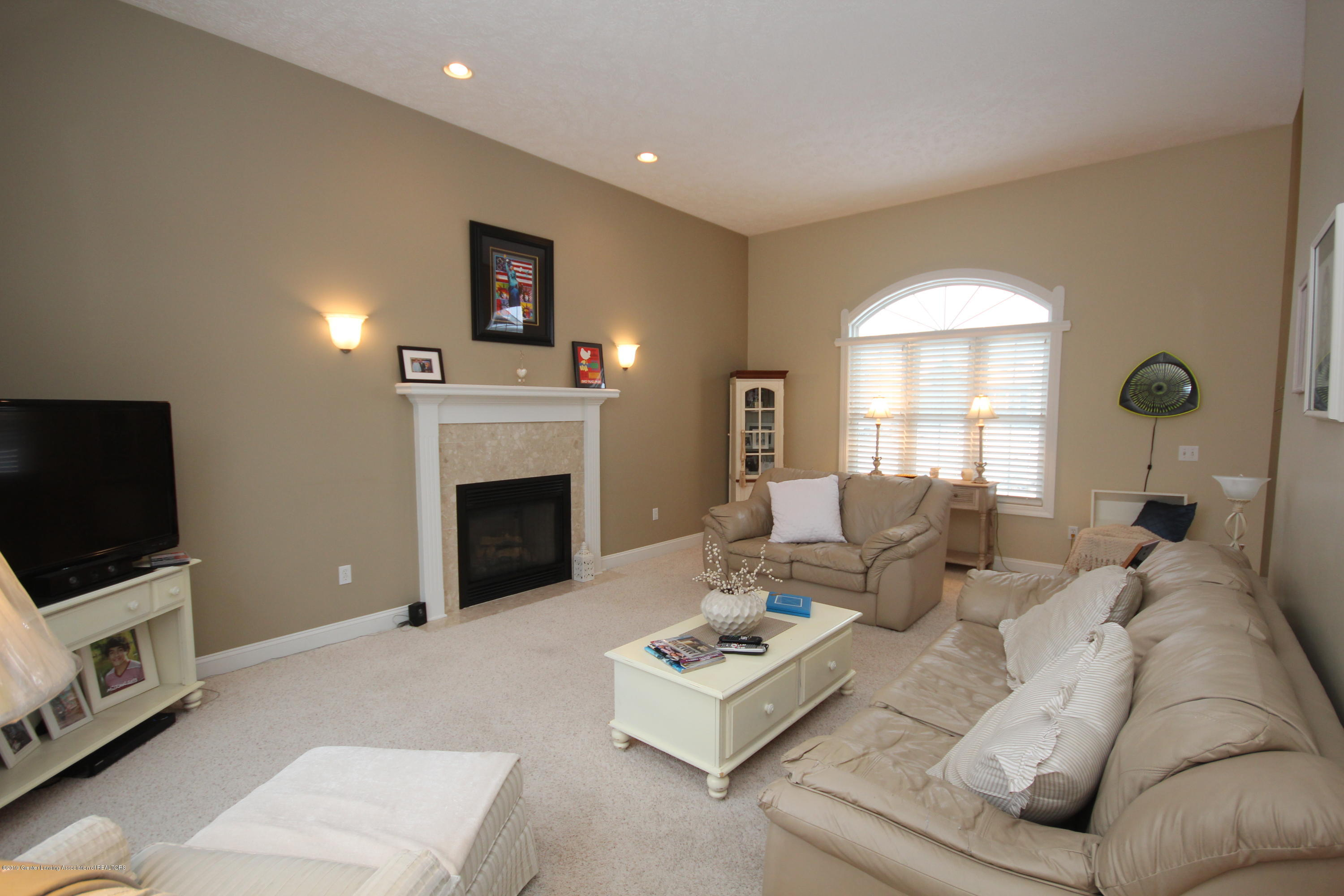 2071 Arbor Meadows Dr - Great Room - 4