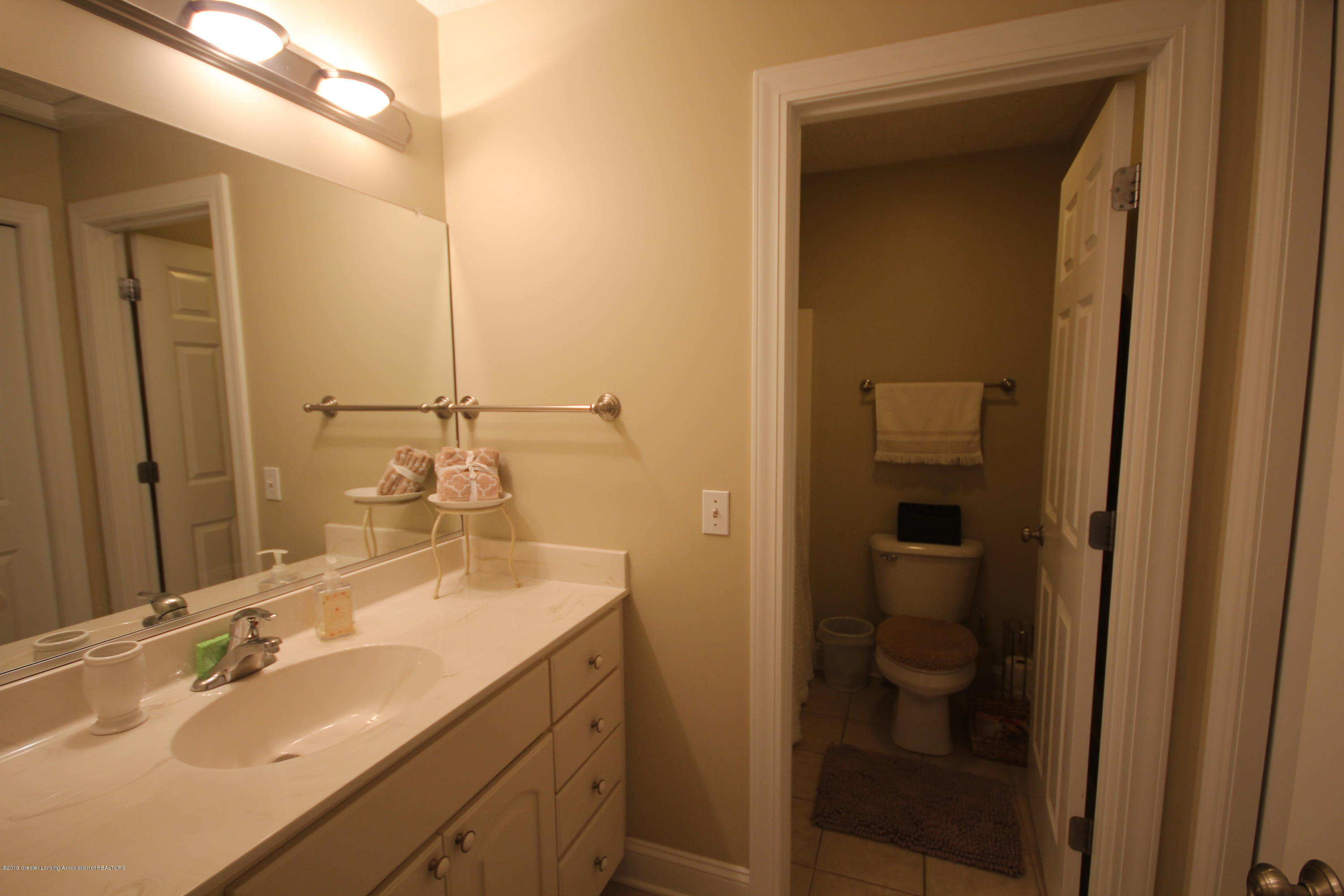 2071 Arbor Meadows Dr - 2nd floor bath - 14