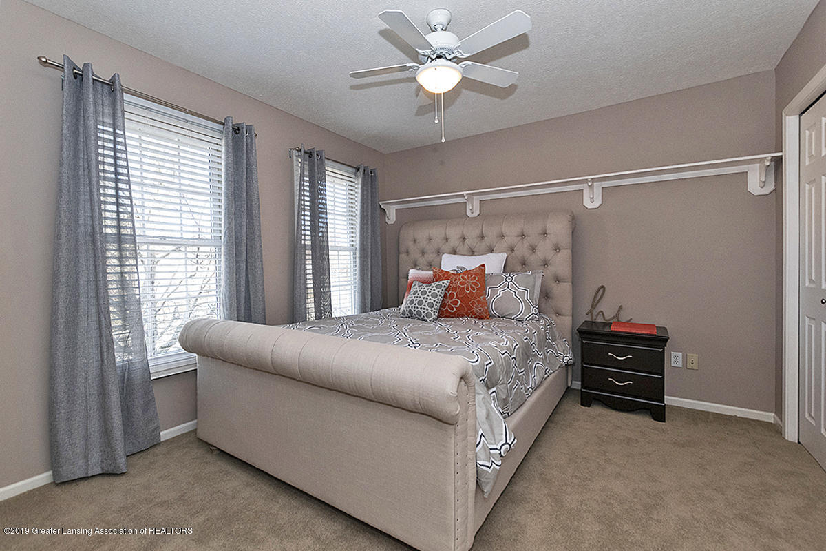 3557 Chippendale Dr - 01 - 25