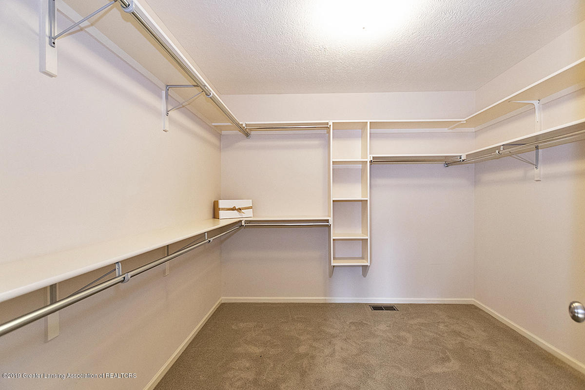 3557 Chippendale Dr - 07 - 21