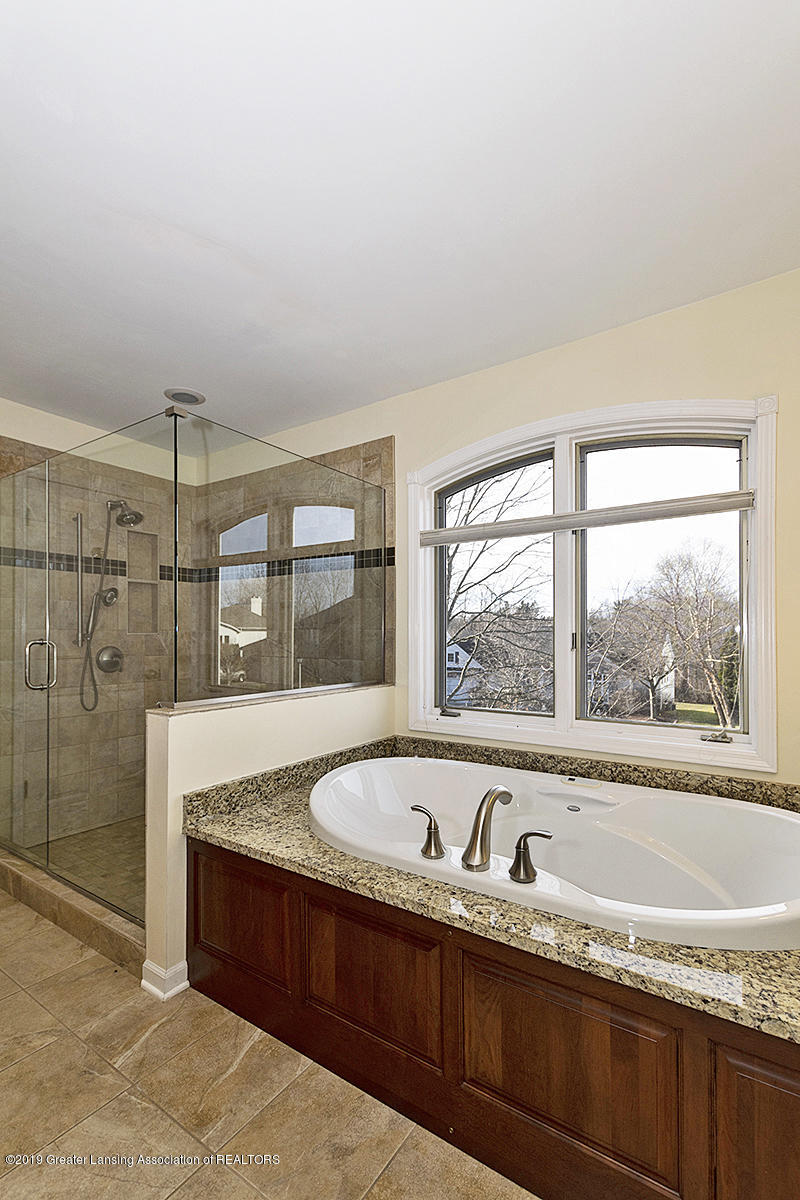 3557 Chippendale Dr - 10 - 23