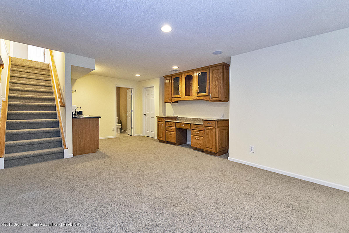 3557 Chippendale Dr - 24 - 30