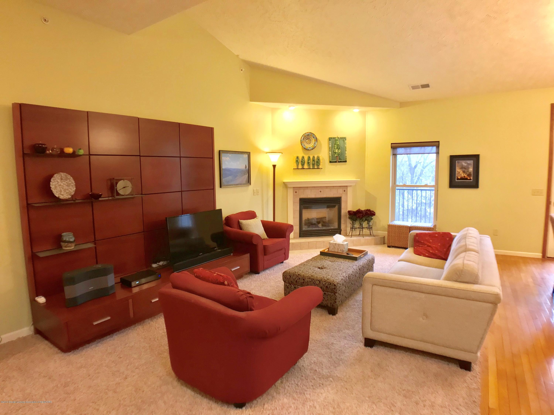 1321 Turner Rd - Living Room - 4