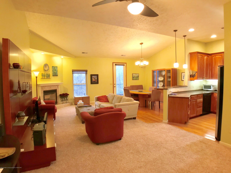 1321 Turner Rd - Living Area - 3